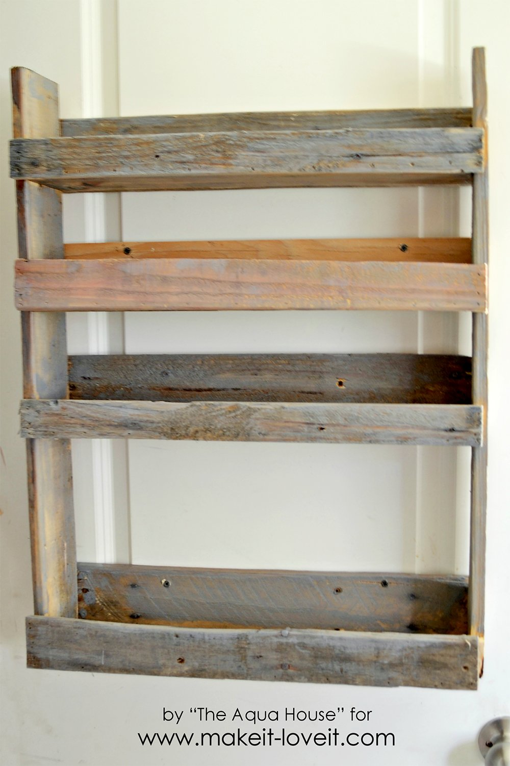 DIY Pallet Spice Rack | Make It and Love It