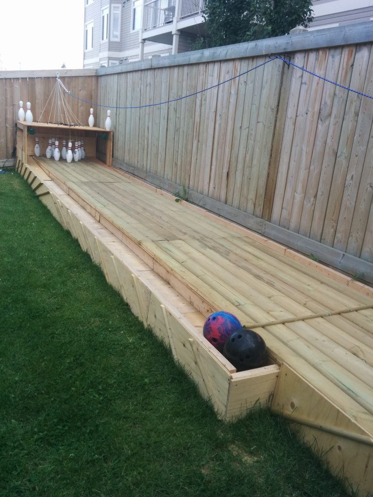 25 money saving diy backyard projects to transform your space