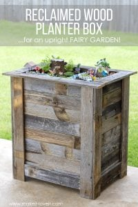 DIY Reclaimed Wood Planter Box (...for an upright Fairy Garden!) | www.makeit-loveit.com