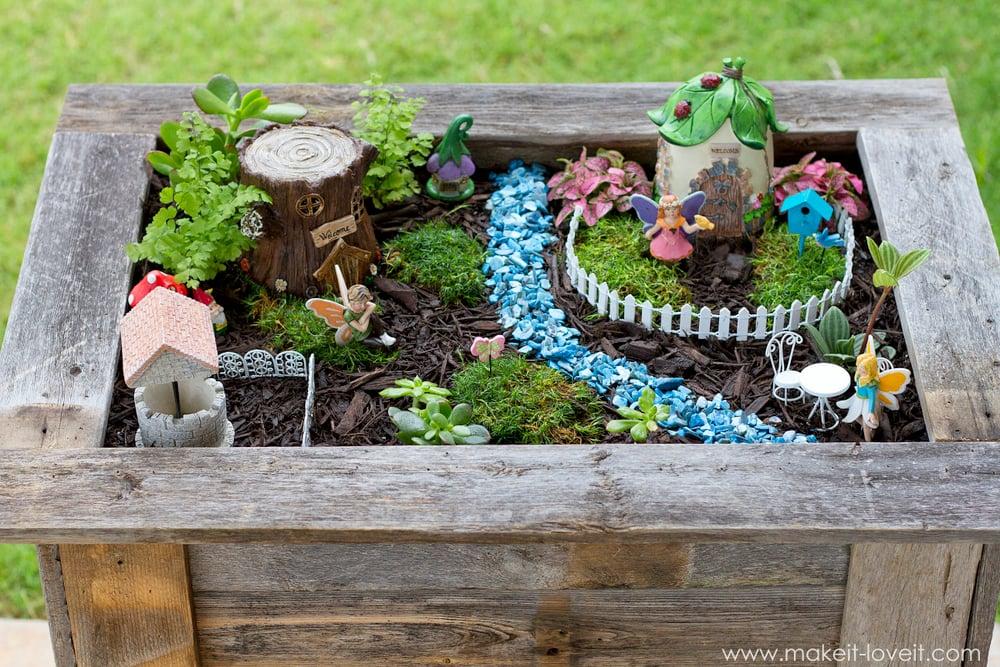 garden planter box. DIY Reclaimed Wood Planter Box (...for An Upright Fairy Garden!) Garden