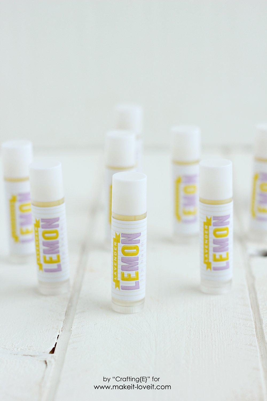 Make your own Lavender Lemon Lip Balm | via www.makeit-loveit.com