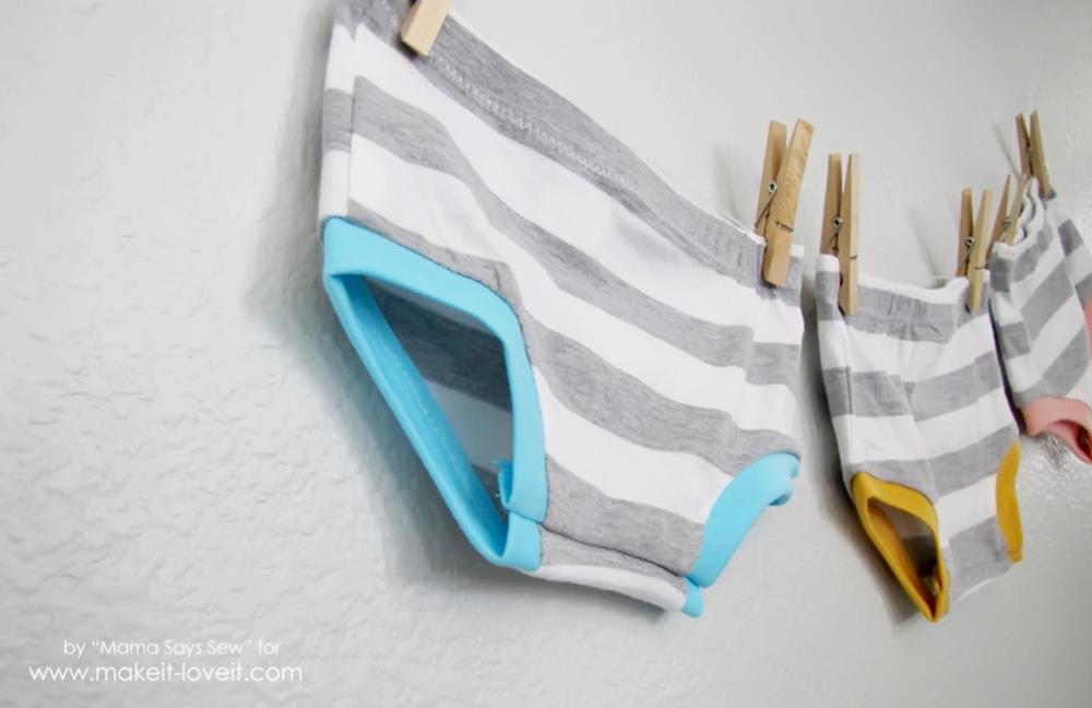 How To Make Easy Knit Shorties | via www.makeit-loveit.com