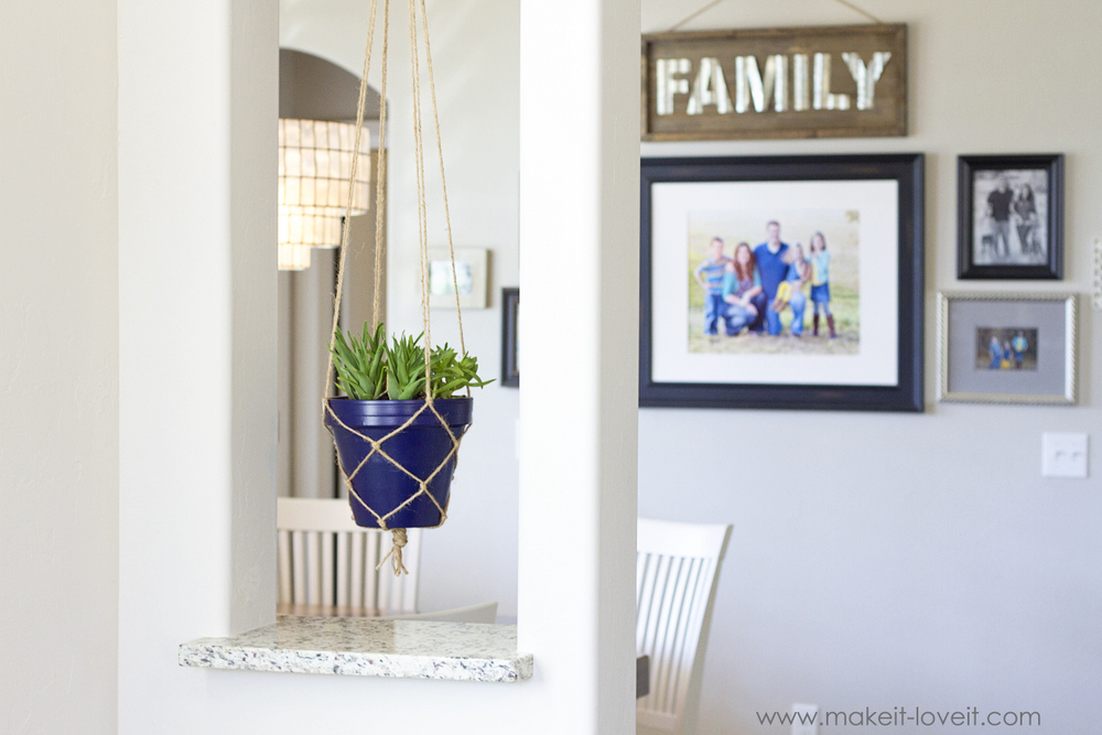 How to make a SIMPLE Rope Plant Hanger....a great way to fill space vertically! | via www.makeit-loveit.com