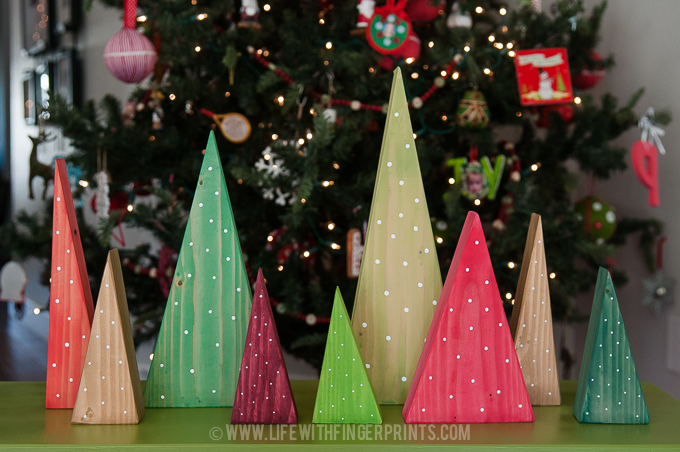 34 wood craft projects for under 10 great for craft for Pinterest simple christmas crafts