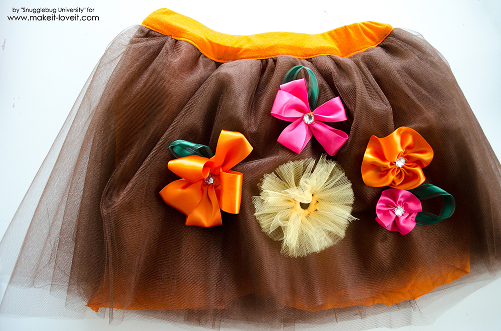 Tulle Skirt with Ribbon Flowers (24)