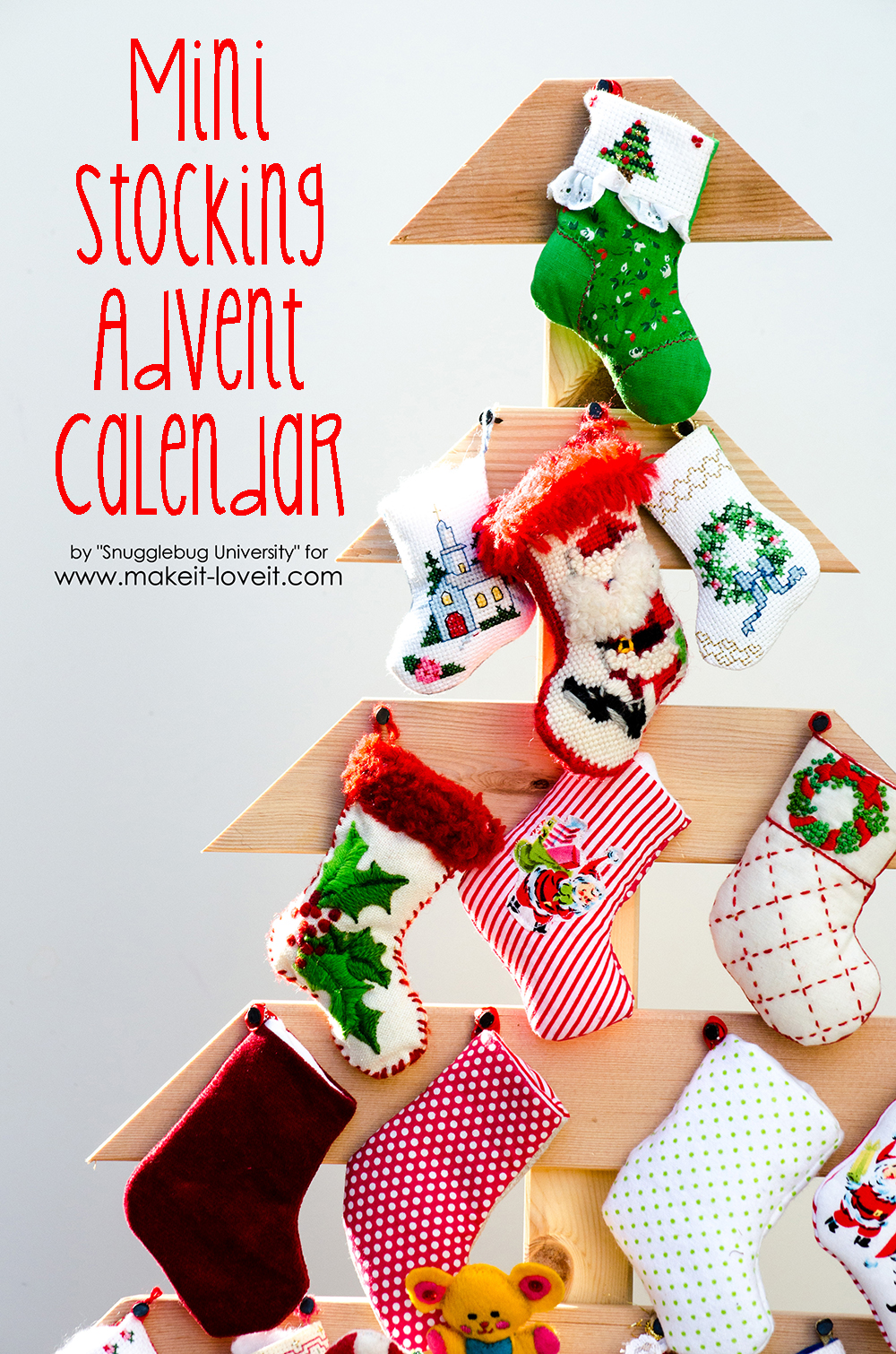 DIY Mini Stocking Advent Calendar | via www.makeit-loveit.com
