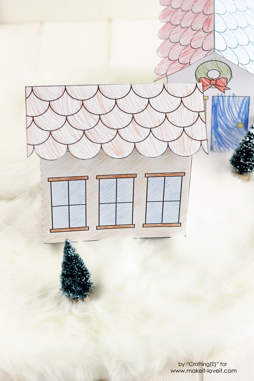 Printable 3D Christmas Houses (...great for kids!) | via www.makeit-loveit.com
