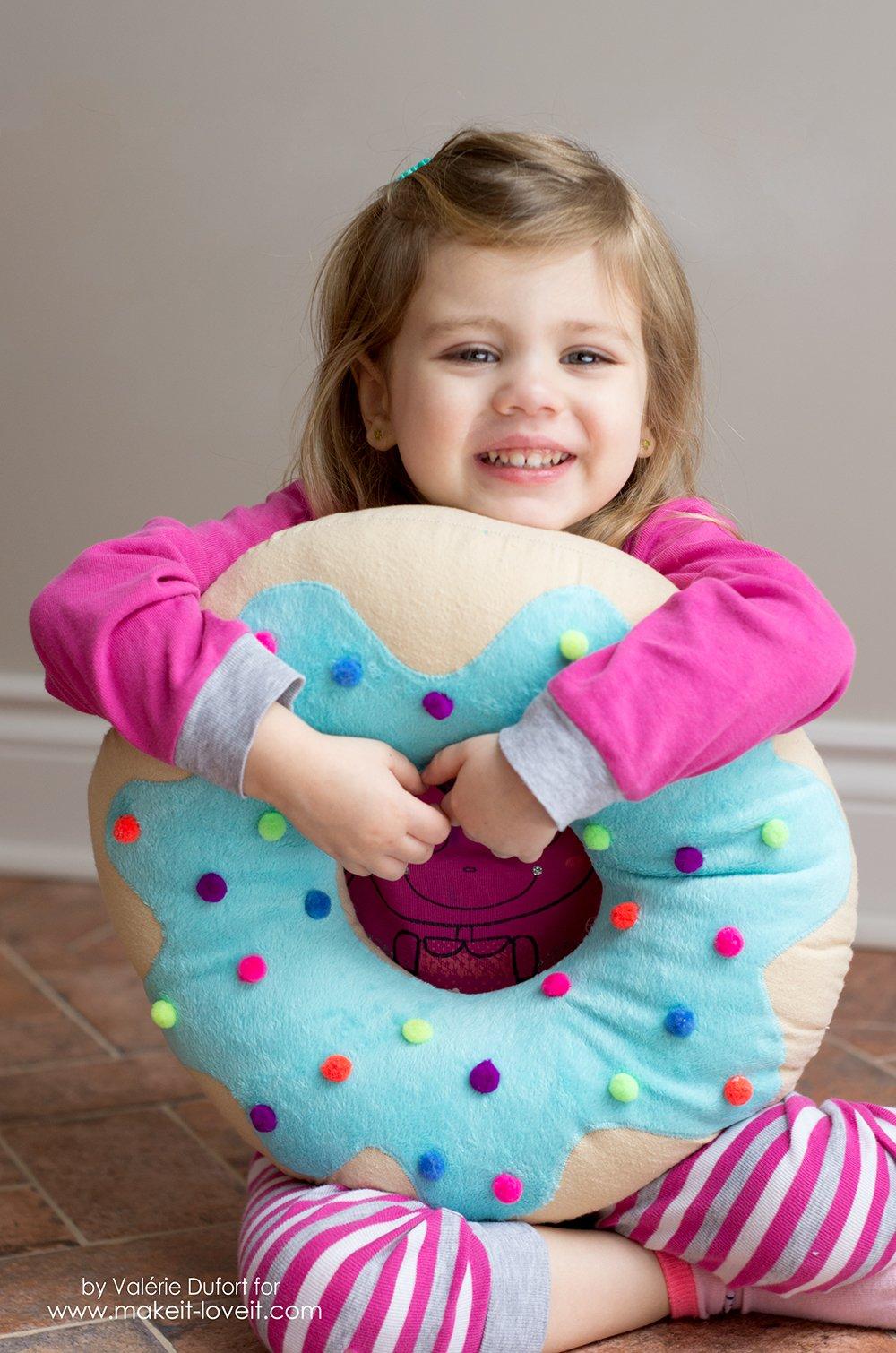 Delicious Donut Pillow Tutorial   via www.makeit-loveit.com