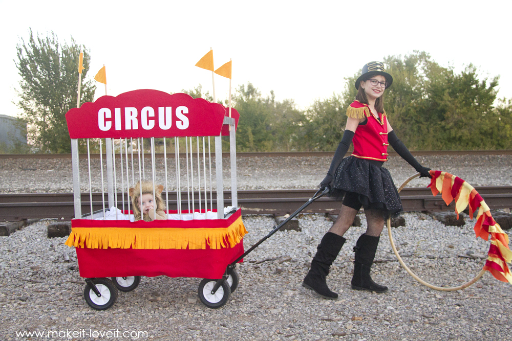 How to make CIRCUS Themed Costumes, lion tamer and lion