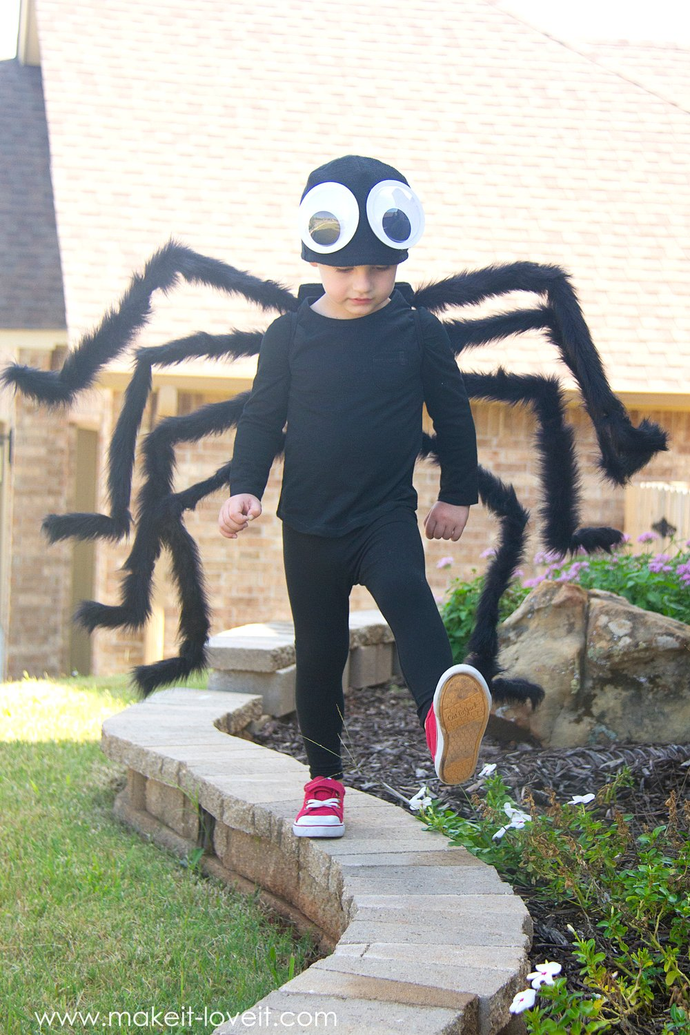 Spider Costume WINNER (...plus a sneak peek!)