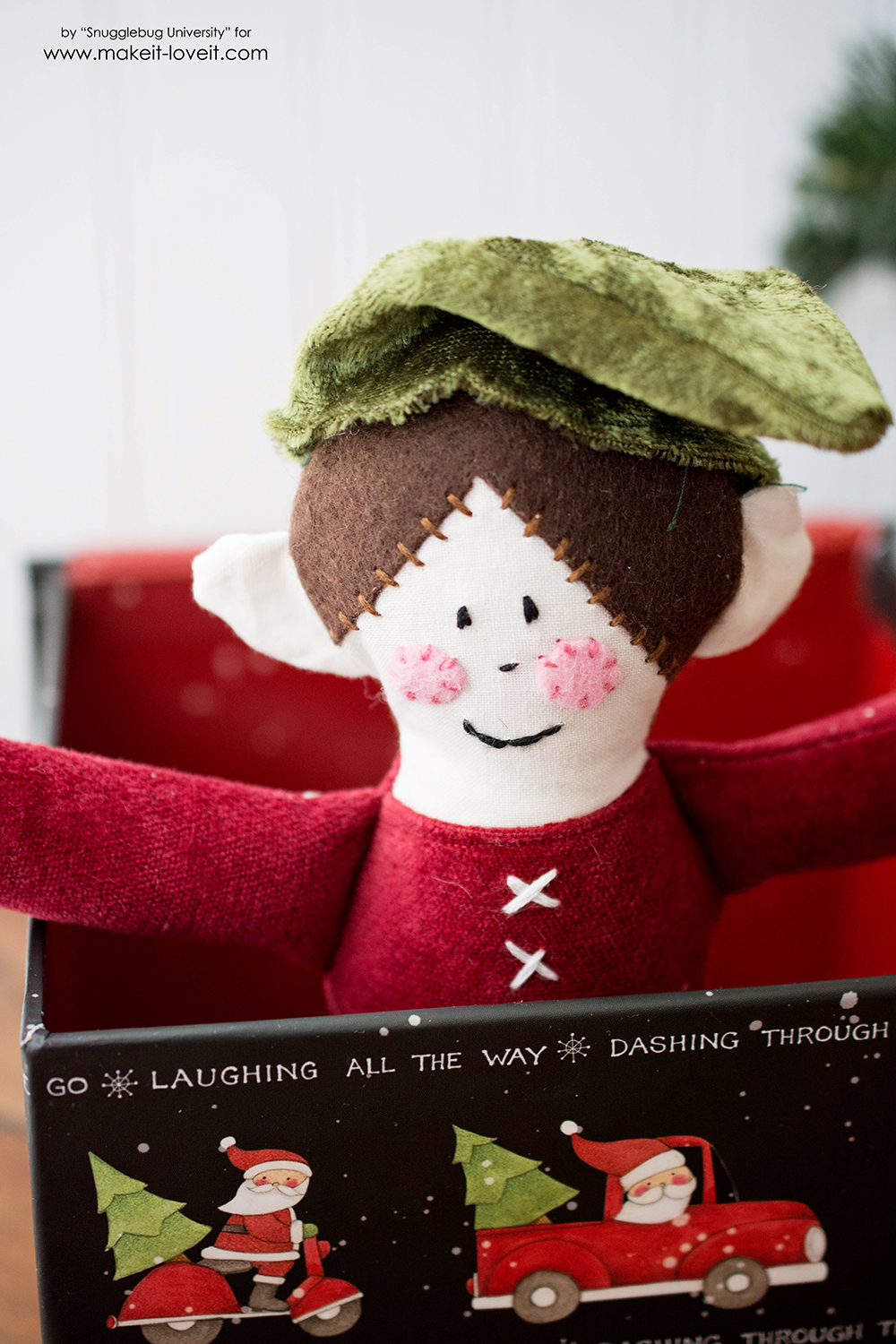 Sew your own Elf On the Shelf doll!