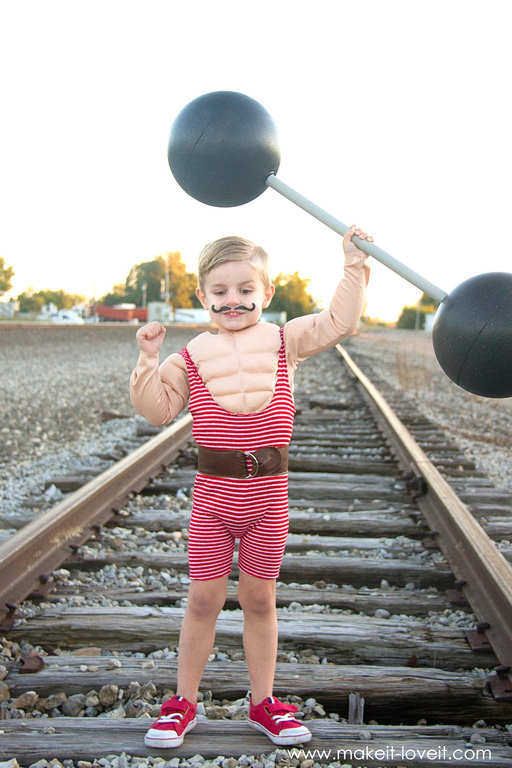 How to make a Strong Man Circus Costume...including a muscle shirt!