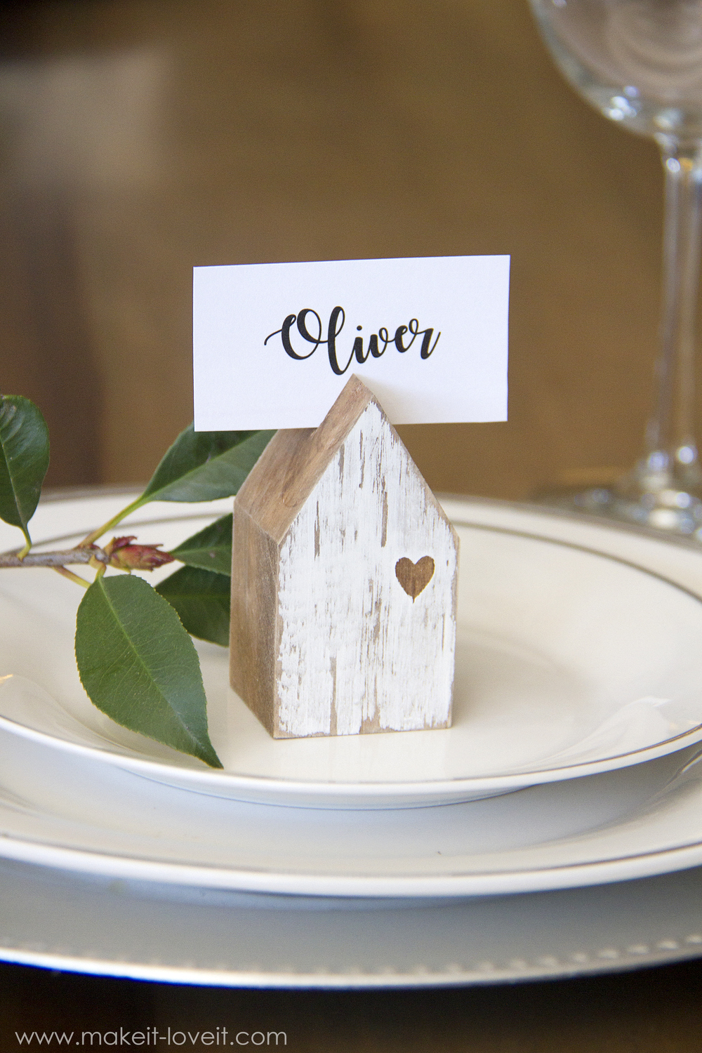 Diy house place card holders make it and love it save solutioingenieria Gallery